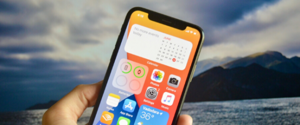 iOS-14-home-screen-with-widgets.png