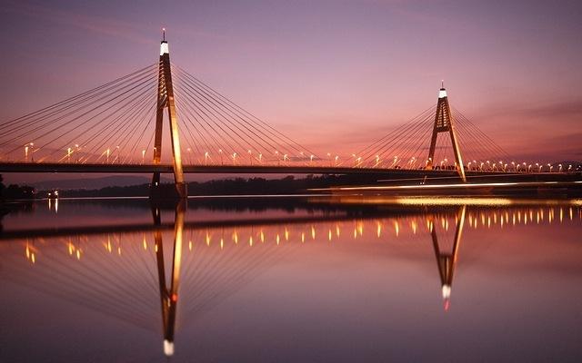 bridges-at-night-08