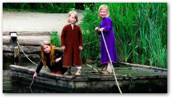 viking-girls