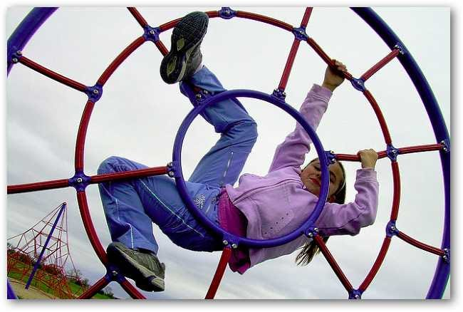 playground-climbing