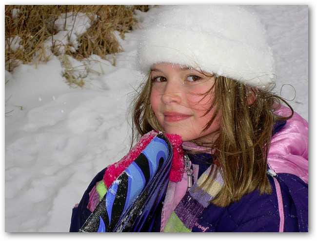 smiling-in-the-snow