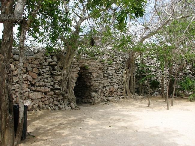 ancient-mayan-and-incan-ruins-11