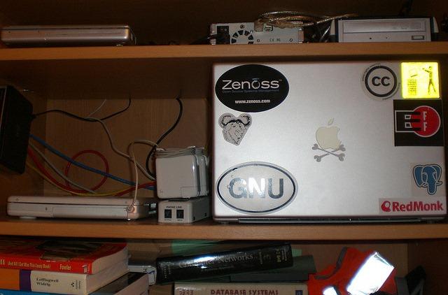 shelf server