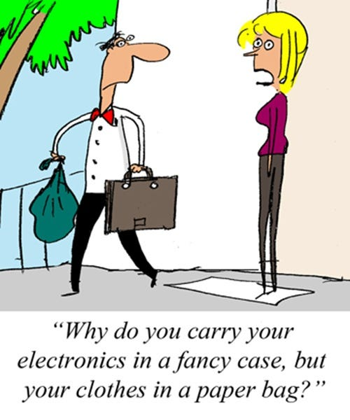 2011-09-16-(fancy-cases-vs-paper-bags)