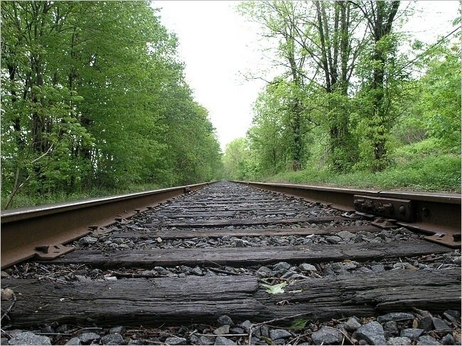 railway-tracks-wallpaper-collection-05