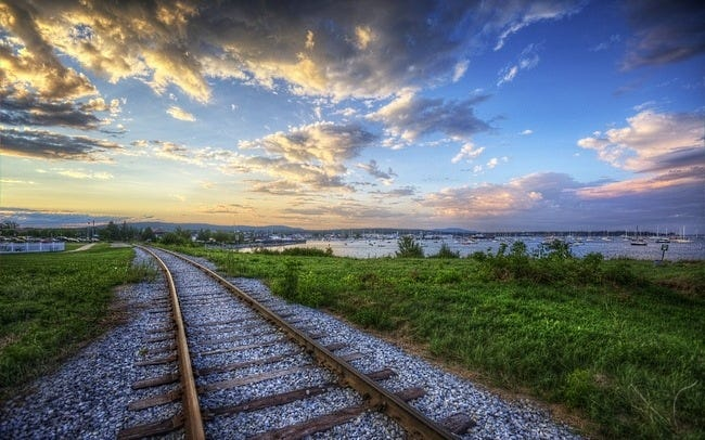 railway-tracks-wallpaper-collection-08