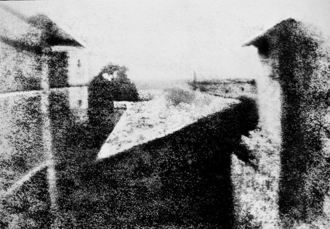 1280px-View_from_the_Window_at_Le_Gras,_Joseph_Nicéphore_Niépce