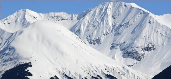 cold-snowy-mountains