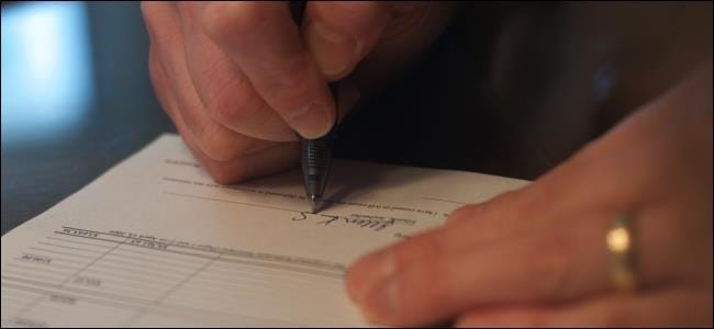signing-a-document