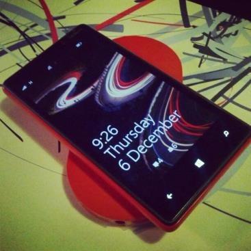 windows-phone-wireless-charging