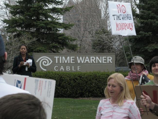time-warner-protest