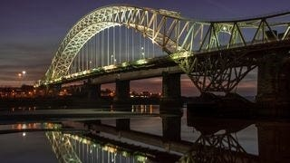 bridges-at-night-wallpaper-collection-series-two-09