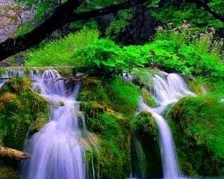 waterfalls-wallpaper-collection-for-nexus-seven-series-one-07