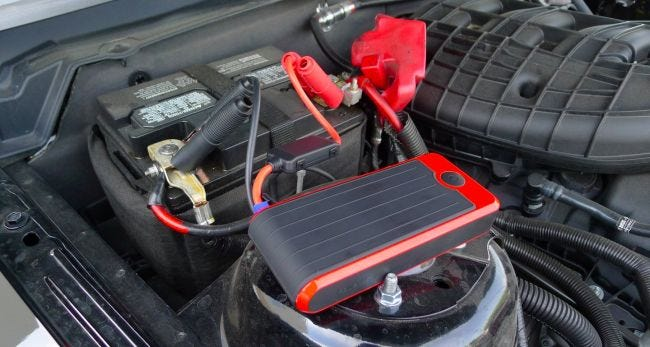 Yeah You Can Actually Jump Start Your Car With This Battery Pack
