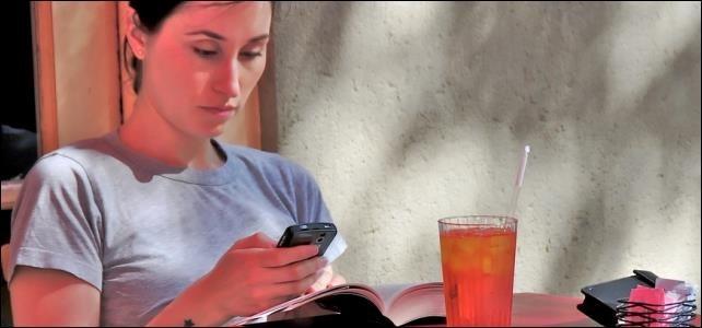 browsing-on-smartphone-mobile-data