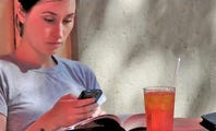 How to Reduce Data Usage When Browsing the Web on a Smartphone