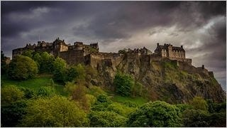 castles-wallpaper-collection-series-two-10
