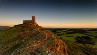 castles-wallpaper-collection-series-two-08