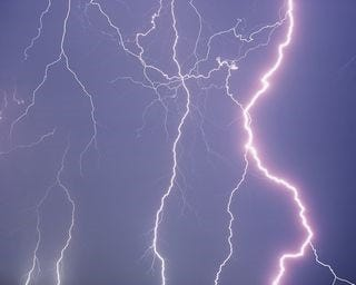 lightning-wallpaper-collection-for-nexus-seven-series-one-01