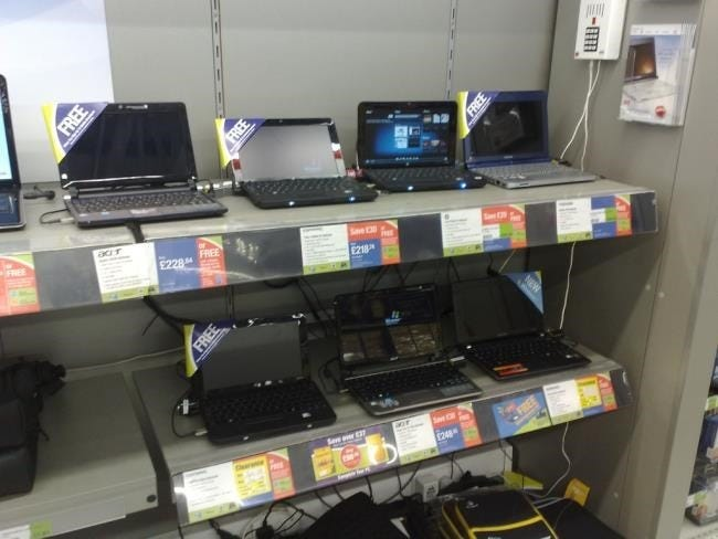 netbooks-on-store-shelves