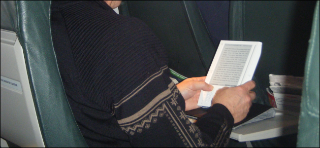 use-a-kindle-or-tablet-during-airplane-take-off