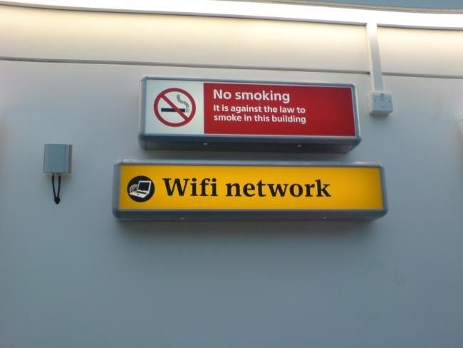 airport-wifi-sign