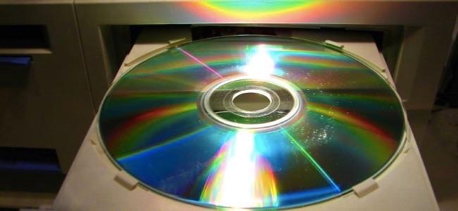 cd automatically launches program with autorun on windows