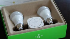HTG Reviews the WeMo Smart LED Bulb: It's Not the Future if Your Light Bulbs Are Offline