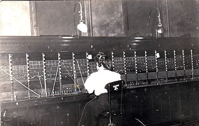 telephone operator in 1908