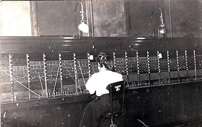 telephone operator in 1908
