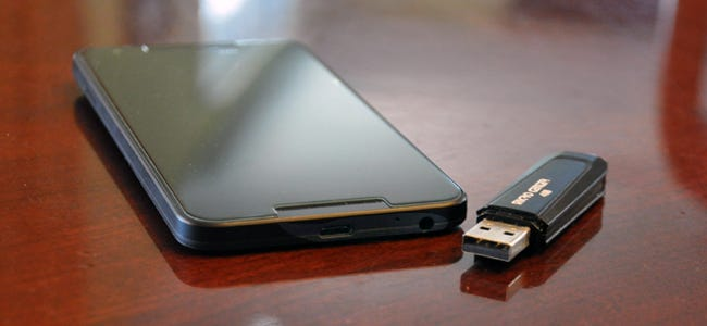 How to Use a USB Flash Drive with Your Android Phone or Tablet