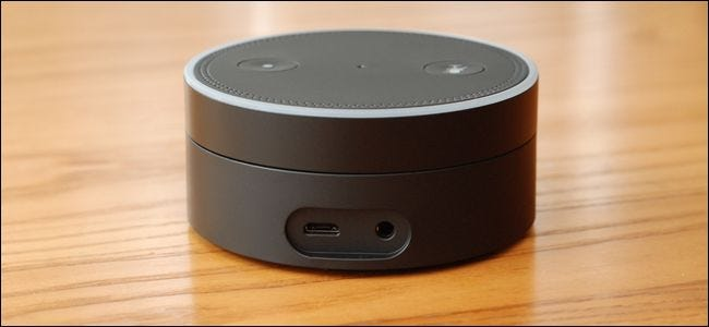what s the difference between the amazon echo and echo dot. Black Bedroom Furniture Sets. Home Design Ideas