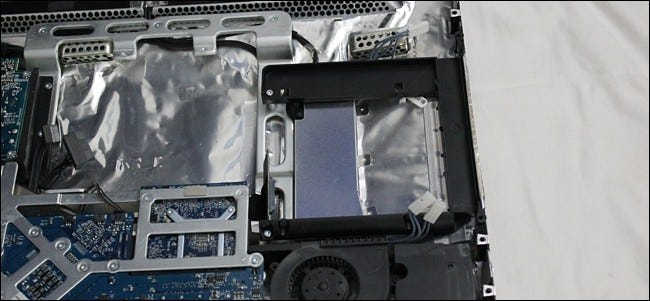 How to Remove the Optical Drive from an Older 2007-2009 iMac ilicomm Technology Solutions