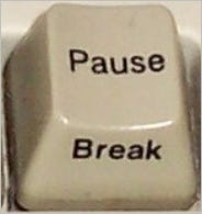 is-there-a-keyboard-shortcut-to-pause-the-output-of-a-running-cmd-window-02
