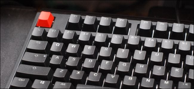 How to Replace Your Mechanical Keyboard's Keycaps (So It Can