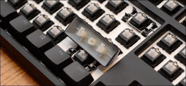 How to Replace Your Mechanical Keyboard's Keycaps (So It Can Live