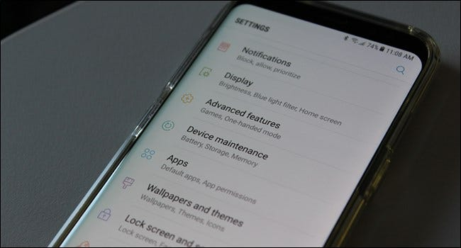 How Carriers and Manufacturers Make Your Android Phone's Software Worse