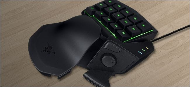 "PC Gamers, Give Left-Handed ""Gamepads"" a Try"