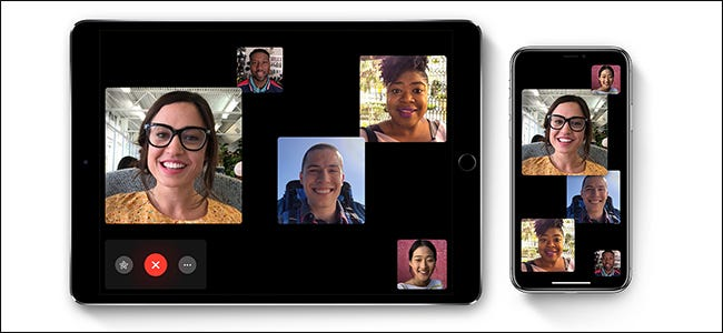 Cinco personas en una llamada FaceTime en un iPad y iPhone.
