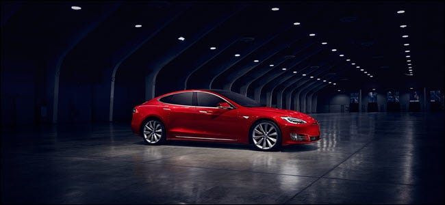 Tesla Model S [19659022] Tesla's Model S has both automated steering and breaking technology. <span class=