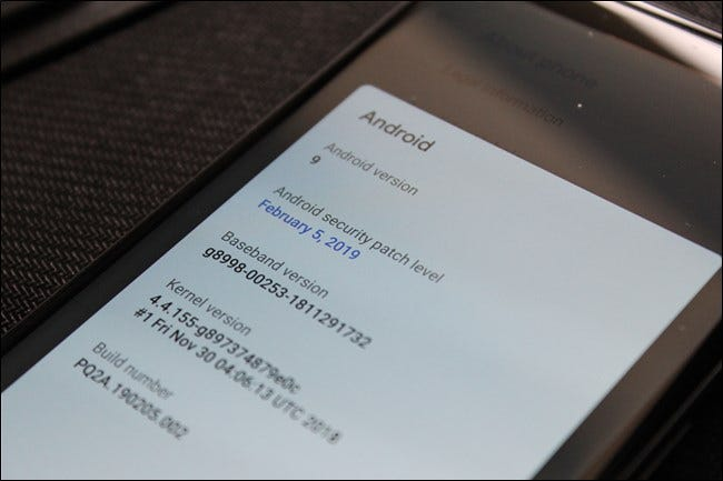 Google Pixel 2 XL security patch date