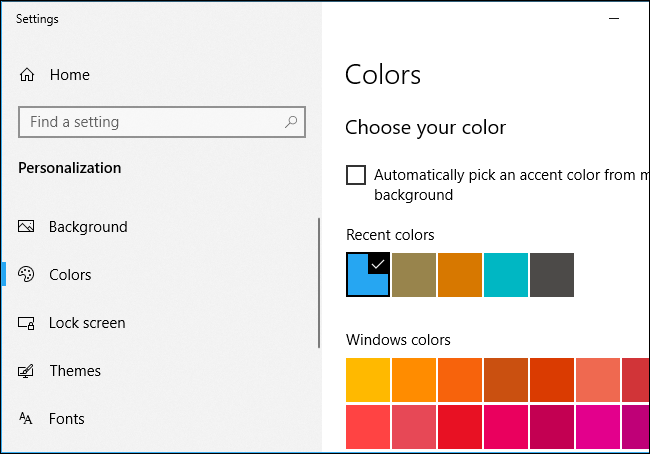 Choosing an accent color on Windows 10