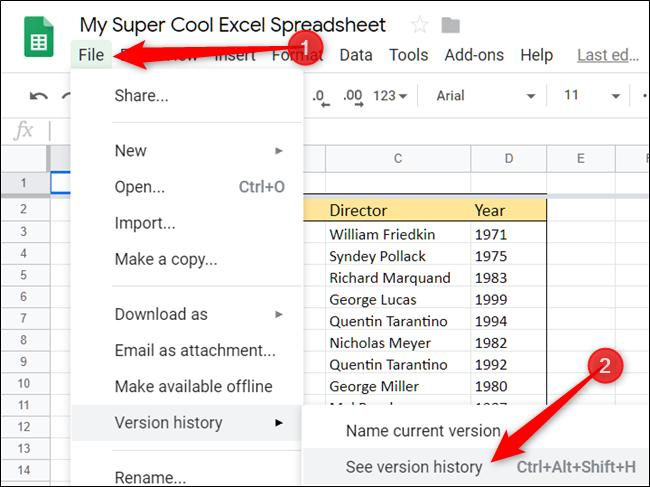 Haga clic en Archivo, Historial de revisiones, luego Ver historial de revisiones