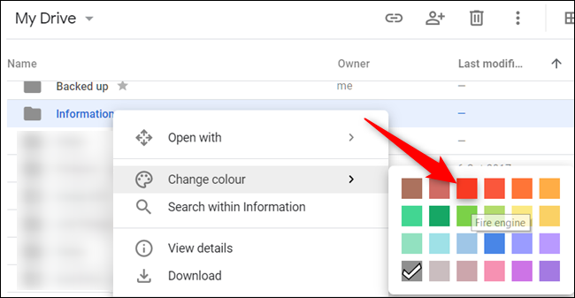 """Right-click a folder, point your mouse cursor to """"Change Color,"""" and then choose a color for the folder."""