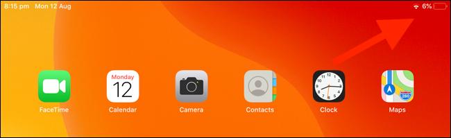 Desliza el dedo hacia abajo desde la esquina superior derecha del iPad para usar el Centro de control
