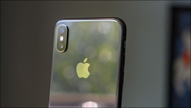 Logotipo trasero de Apple iPhone XS