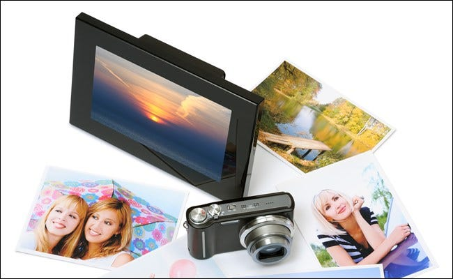 Digital Photo Frame with Photos and Camera