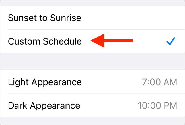 قم بتعيين جدول مخصص للوضع المظلم في iOS 13