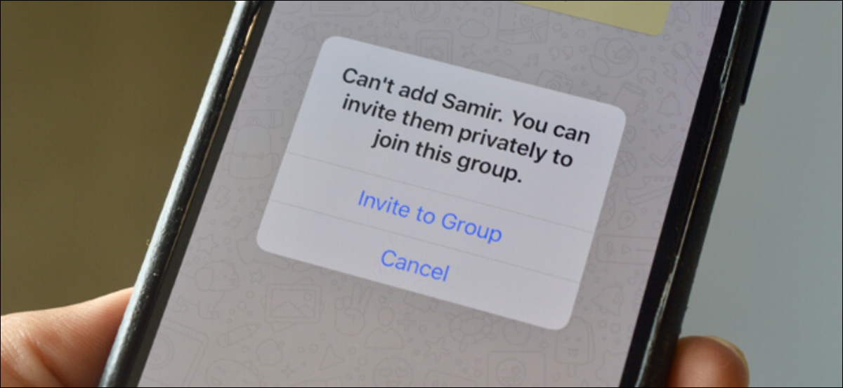 Alert on WhatsApp showing you can't add someone to a group