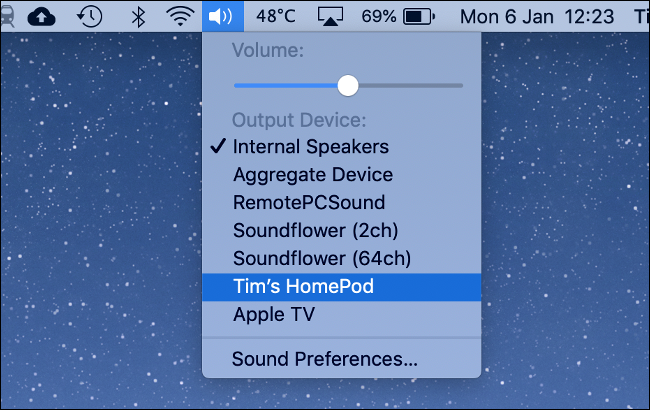 The list of available devices (including a HomePod) under the Sound icon on a Mac.